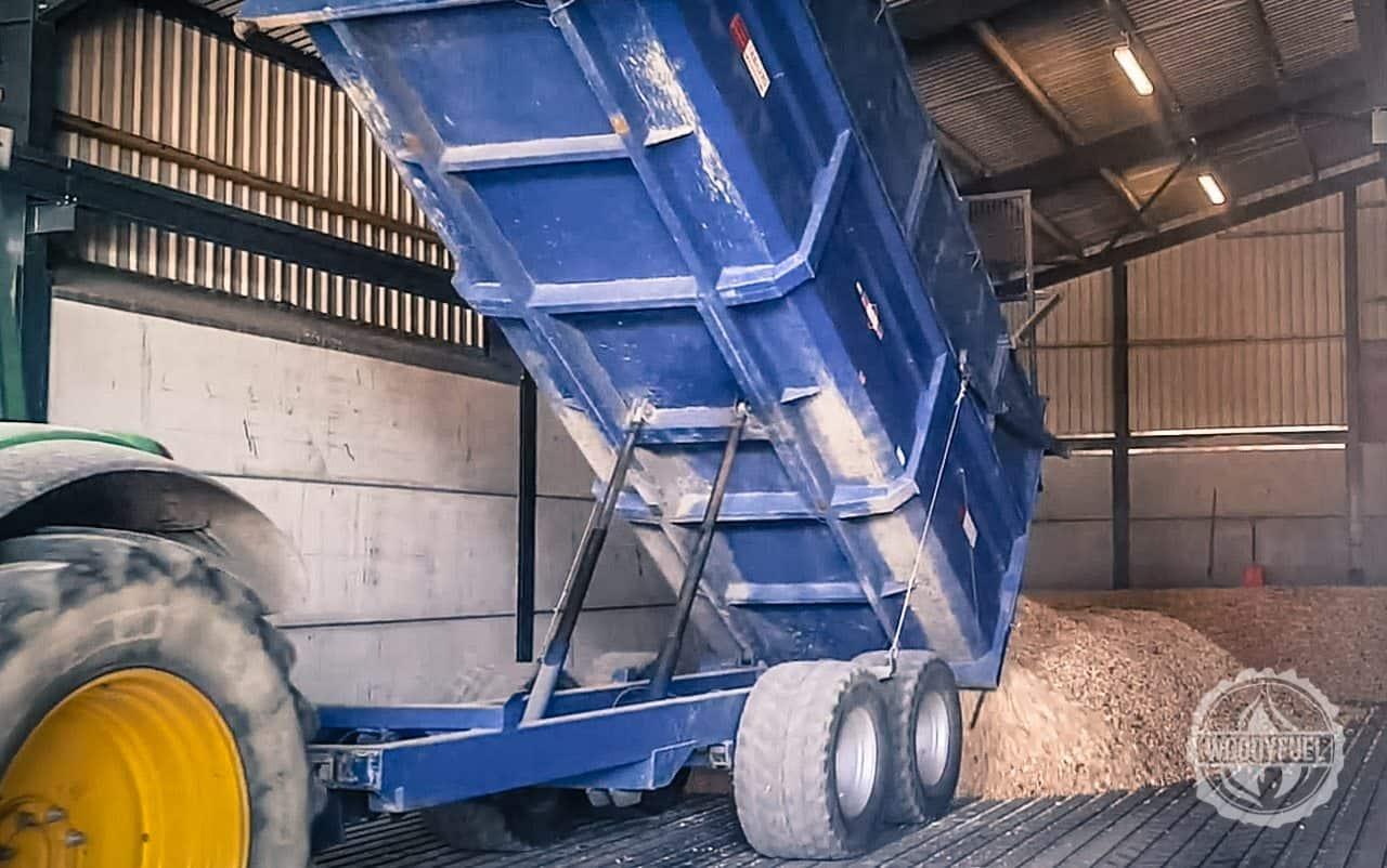 Drying floor for 20% moisture content efficient wood fuel - the tipping delivery